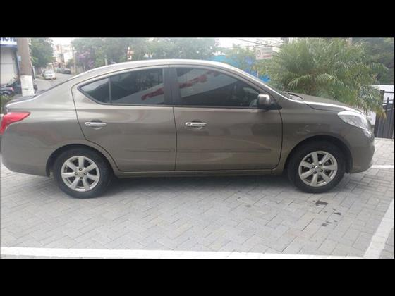 Nissan Versa 2012/2013 1.6 SL 16V 4P